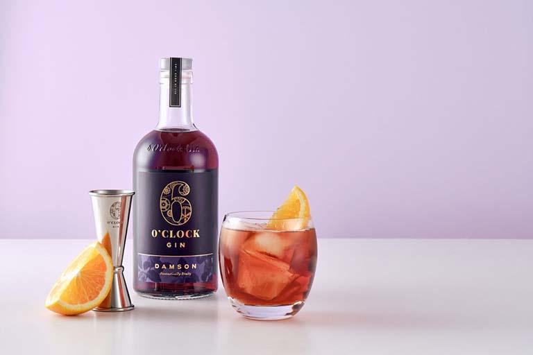 6 O'Clock Damson Gin Negroni