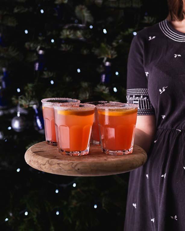 6 O'Clock Damson Gin Cocktail