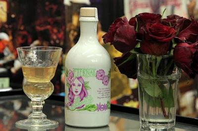 Eternal-Absinthe on bar with drink